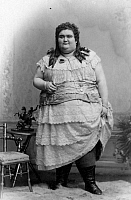 0229456 © Granger - Historical Picture ArchivePEOPLE.   German Empire - Hamburg Freie- und Hansestadt (Hamburg Free and Hanseatic city) - Giantess with adiposity. Full-length portrait of a very overweight and tall woman. - Photographer: Theodor Reimers - 1907 Vintage property of ullstein bild.