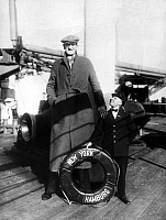0230230 © Granger - Historical Picture ArchivePEOPLE.   USA: Giant Mark Ehrlich on a steam ship of the HAPAG in New York. 1931.