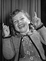 0231035 © Granger - Historical Picture ArchivePEOPLE.   Germany - Bavaria: funny girl - 01.01.1950.