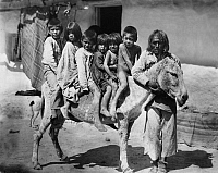 0231366 © Granger - Historical Picture ArchivePEOPLE.   Moqui children rides on a donkey - Published 'Fridolin-Kalener' 1926 - 1904.