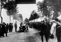 0235563 © Granger - Historical Picture ArchiveTRANSPORTATION.   Germany, auto race Prince Heinrich Tour, car reaching the finish, 1910, photo by Illustrationsphoto-Verlag.