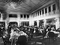 0236329 © Granger - Historical Picture ArchiveGEOGRAPHY.   Steamship Columbus of the shipping company Norddeutscher Lloyd. Dining-hall of the first class. - Photographer: Heinrich Engelke - 1924 Vintage property of ullstein bild.