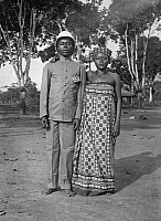 0236429 © Granger - Historical Picture ArchiveGEOGRAPHY.   French equatorial africa: Gabun Interpreter of Sangombera tribe with his wife. 1911 Foto: M. Rol.