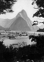 0236691 © Granger - Historical Picture ArchiveGEOGRAPHY.   New Zealand - Milford Sound at the south of New Zealand. Mitre Peak at the fjord. - 1913 Vintage property of ullstein bild.