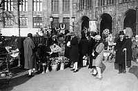 0237747 © Granger - Historical Picture ArchiveGEOGRAPHY.   Germany, Berlin. Flower sellers at Potsdamer Platz. 1930.