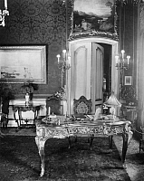 0237825 © Granger - Historical Picture ArchiveGEOGRAPHY.   German Empire Free State Prussia - Brandenburg Provinz (Province) - Berlin: Desk (baroque, rococo) in the town house Friedrichsgracht 58 - it is supposed that it is the original desk of Frederick the Great (II) - Photographer: Zander & Labisch - Published by: 'Zeitbilder' 33/1930 Vintage property of ullstein bild.