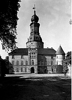 0239052 © Granger - Historical Picture ArchiveGEOGRAPHY.   Germany, Lower Saxony, East Friesland: castle in Jever, exterior view, about 1930.