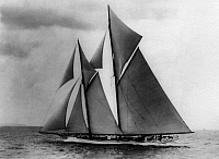 0239278 © Granger - Historical Picture ArchiveGEOGRAPHY.   German Empire Kingdom Prussia - Schleswig-Holstein Provinz (Province) - Kiel Sailboat, a schooner, at the Kiel Fjord. - Photographer: W. Gircke - 1912 Vintage property of ullstein bild.