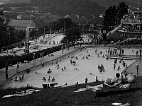 0239510 © Granger - Historical Picture ArchiveGEOGRAPHY.   Germany, Bavaria Lower Franconia, Bad Kissingen: swimming bath at the Ballinghain, date unknown, probably 1956, photo by Hans Retzlaff.