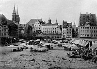 0239599 © Granger - Historical Picture ArchiveGEOGRAPHY.   Germany, Bavaria, Franconia, Nuremburg: Market place around 1900.