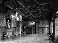 0239735 © Granger - Historical Picture ArchiveGEOGRAPHY.   Germany, Lower Saxony, East Friesland: castle in Jever, interior view, hall with oak-timbered ceiling, date unknown, around 1956, photo by Hans Retzlaff.