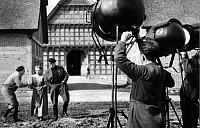 0241231 © Granger - Historical Picture ArchiveFILM.   German Empire Oldenburg Grand Duchy Cloppenburg Grand Duchy: shooting the film 'Alles fuer die Katz' in the farmstead Quatmannshof in the Museums village in Cloppenburg, actors and director rehearsing a scene - Photographer: Bernd Lohse - Published by: 'Berliner Illustrirte Zeitung' 20/1940 Vintage property of ullstein bild.