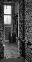0245488 © Granger - Historical Picture ArchiveLIFESTYLE.   German Empire: floor, mirror enlarge the room, wall covering and curtain are made of cretonne - Published by: 'Dame' 27/1933 Vintage property of ullstein bild.