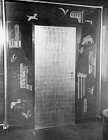 0245561 © Granger - Historical Picture ArchiveLIFESTYLE.   Door in the Villa Zissu in Berlin Grunewald, Gustav-Freytag-Strasse 12 - the bedroom. Architect: Michael Rachlis, picture taken by Martin Munkacsi 1931.