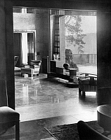 0245582 © Granger - Historical Picture ArchiveLIFESTYLE.   Living room in the Villa Zissu in Berlin Grunewald, Gustav-Freytag-Strasse 12 - the bedroom. Architect: Michael Rachlis, picture taken by Martin Munkacsi 1931.