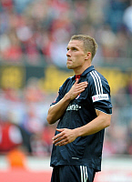 0260913 © Granger - Historical Picture ArchiveLUKAS PODOLSKI.   Podolski, Lukas - Soccer, Striker, FC Bayern Munich, Germany - expressing thanks to supporters of his former club 1. FC Koeln during Bundesliga match (0:3) after scoring his side's last goal - 13.09.2008 *** Local Caption *** 01014704. - ullstein bild / Granger, NYC -- All rights r