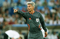 0261172 © Granger - Historical Picture ArchiveSWITZERLAND .   Switzerland - Basel: UEFA EURO 2008 - Quarter-Final, Portugal v Germany 2:3 - Swedish referee Peter Froejdfeldt - 19.06.2008 *** Local Caption *** 00993996. contrast/Pollack - ullstein bild / Granger, NYC -- All rights reser