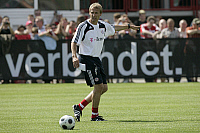 0261365 © Granger - Historical Picture ArchiveJUERGEN KLINSMANN.   Klinsmann, Juergen - Soccer, Coach, FC Bayern Munich, Germany - during first training session of season 2008-2009 - 30.06.2008 *** Local Caption *** 00989019. GASPA - ullstein bild / Granger, NYC -- All rights reserved.