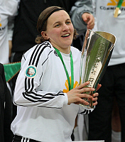 0262040 © Granger - Historical Picture ArchiveGERMANY .   Germany - Berlin: Women DFB Cup, season 2007-2008, final, 1. FC Saarbruecken v 1. FFC Frankfurt 1:5 - Frankfurt team captain Tina Wunderlich raising the trophy - 19.04.2008 *** Local Caption *** 01023399. Team 2 - ullstein bild / Granger, NYC -- All rights reserved.