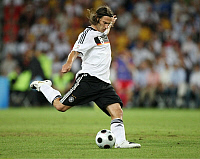 0262168 © Granger - Historical Picture ArchiveSWITZERLAND .   Switzerland - Basel: UEFA EURO 2008 - Semi-Final, Germany v Turkey 3:2 - Torsten Frings of Germany in action on the ball - 25.06.2008 *** Local Caption *** 00993830. Team 2 - ullstein bild / Granger, NYC -- All rights reserv