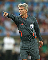 0262230 © Granger - Historical Picture ArchiveSWITZERLAND .   Switzerland - Basel: UEFA EURO 2008 - Quarter-Final, Portugal v Germany 2:3 - Swedish referee Peter Froejdfeldt - 19.06.2008 *** Local Caption *** 00993998. Team 2 - ullstein bild / Granger, NYC -- All rights reserved.