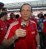 0262270 © Granger - Historical Picture ArchiveCHRISTOPH DAUM.   Daum, Christoph - Soccer, Coach, 1. FC Koeln, Germany - celebrating promotion to the Bundesliga with glass of beer after defeating FSV Mainz (2:0) - 11.05.2008 *** Local Caption *** 00991737. Team 2 - ullstein bild / Granger, NYC -- All Rights Reserved.