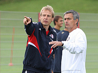 0263548 © Granger - Historical Picture ArchiveJOSE MOURINHO.   Mourinho, Jose - Soccer, Coach, FC Internazionale Milano, Portugal - next to Juergen Klinsmann (L, coach of FC Bayern Muenchen) during training session - 05.08.2008 *** Local Caption *** 01015786. Sven Simon - ullstein bild / Granger, NYC -- All rights reserved.