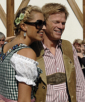 0263728 © Granger - Historical Picture ArchiveOLIVER KAHN .   Oliver Kahn - Goalkeeper, FC Bayern Munich, Germany - with partner Verena Kerth at Munichs's Oktoberfest - 30.09.2007 *** Local Caption *** 00935789. Sven Simon - ullstein bild / Granger, NYC -- All rights reserved.