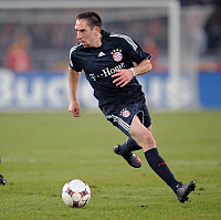 0264420 © Granger - Historical Picture ArchiveFRANCK RIBERY.   Ribery, Franck - Soccer, Midfielder, FC Bayern Munich, France - in action on the ball - 27.01.2009. - ullstein bild / Granger, NYC -- All rights reserved.