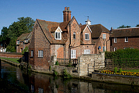 0421362 © Granger - Historical Picture ArchiveART & ARCHITECTURE.   Traditional house along Stour river, Second largest river in Kent, Canterbury, Kent, United Kingdom Full credit: De Agostini / W. Buss / Granger, NYC -- All Rights Reserved.