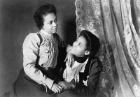 0622423 © Granger - Historical Picture ArchiveWOMEN, c1899.   Portrait of two African American women from Georgia. Photograph, c1899.