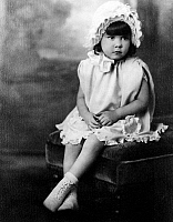 0093877 © Granger - Historical Picture ArchiveYOUNG GIRL.   Photograph, early 20th centry.