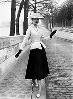 0118051 © Granger - Historical Picture ArchiveWOMEN'S FASHION: DIOR, 1947.   Woman wearing an outfit designed by Christian Dior, 1947.