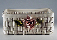 0423027 © Granger - Historical Picture ArchiveDECORATIVE ARTS.   Cachepot in shape of a basket with applied rose decoration (20th century),L'Ancora manufacture, Nome di Bassano, Veneto, Italy Full credit: De Agostini / A. Dagli Orti / Granger, NYC -- All Rights Reserved.