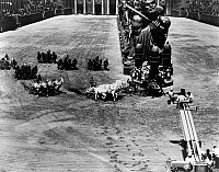 0120939 © Granger - Historical Picture ArchiveBEN HUR, 1959.   Shooting a chariot race for the film Ben Hur, directed by William Wyler, 1959.