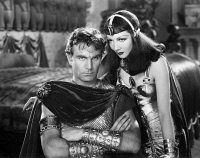 0004470 © Granger - Historical Picture ArchiveFILM: CLEOPATRA, 1934.   Claudette Colbert as Cleopatra and Henry Wilcoxon as Marc Antony in the 1934 motion picture 'Cleopatra.'