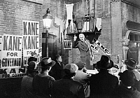 0055691 © Granger - Historical Picture ArchiveFILM: CITIZEN KANE, 1941.   Joseph Cotten stumping for Kane (Orson Welles) in a scene from the 1941 motion picture 'Citizen Kane.'