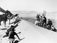 0122420 © Granger - Historical Picture ArchiveFILM: LAWRENCE OF ARABIA.   Director David Lean filming a desert scene for 'Lawrence of Arabia,' 1962.