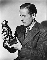 0036616 © Granger - Historical Picture ArchiveTHE MALTESE FALCON, 1941.   Humphrey Bogart as Sam Spade, in a still from 'The Maltese Falcon,' 1941.