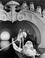 0072406 © Granger - Historical Picture ArchiveFILM STILL: AMUSEMENT PARK.   Marion Davies in a still from 'Cain and Mabel,' 1936.