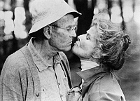 0053278 © Granger - Historical Picture ArchiveON GOLDEN POND, 1981.   Henry Fonda and Katherine Hepburn in a scene from the film.