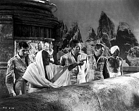 0053490 © Granger - Historical Picture ArchiveGUNGA DIN, 1939.   Cary Grant, Eduardo Cianelli, Victor McLaglen, Douglas Fairbanks, Jr. and Sam Jaffe in a scene from the 1939 motion picture 'Gunga Din.'