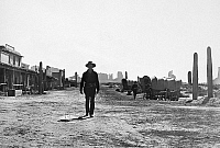 0057209 © Granger - Historical Picture ArchiveMY DARLING CLEMENTINE.   Henry Fonda as Wyatt Earp, walking to the gunfight at the O.K. Corral, 1946.