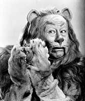 0012713 © Granger - Historical Picture ArchiveWIZARD OF OZ, 1939.   Bert Lahr as the Cowardly Lion in the 1939 MGM production of 'The Wizard of Oz.'