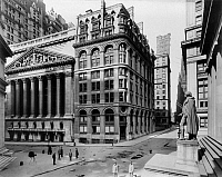 0106344 © Granger - Historical Picture ArchiveSTOCK EXCHANGE, c1908.   Exterior of the New York Stock Exchange. Federal Hall is seen at right. Photograph by Irving Underhill, c1908.