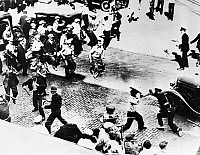 0129312 © Granger - Historical Picture ArchiveTEAMSTERS STRIKE, 1934.   Truck drivers attacking the Minneapolis police during the Teamsters Strike of May 1934.