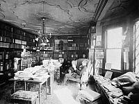 0030392 © Granger - Historical Picture ArchivePRIVATE LIBRARY, c1905.   American actor Francis Wilson in his private library. Photographed in c1905 by The Byron Company, New York.