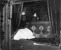 0074281 © Granger - Historical Picture ArchiveTITANIC: SUITE, 1912.   A private suite appointed with a four-post bed, only two such apartments on the Titanic.
