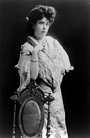 0109485 © Granger - Historical Picture ArchiveMARGARET 'MOLLY' BROWN   (1867-1932). The 'Unsinkable' Molly Brown. American socialite, philanthropist, activist, and survivor of the 'Titanic.' Photographed c1900.