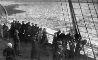 0371168 © Granger - Historical Picture ArchiveATLANTIC OCEAN, 1912.   Passengers on a steamship in the Atlantic Ocean looking out onto a field of ice, a similar view as would have been visible to passengers on the 'Titanic.' Photograph, 1912.